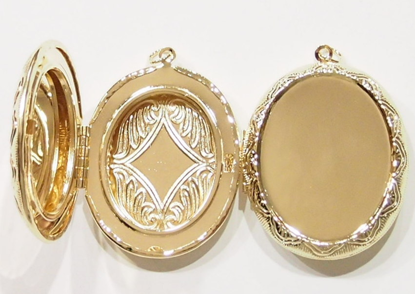 2 of 40x30 mm gold victorian style etched locket pendant settings 2 of 40x30 mm gold victorian style etched locket pendant settings very nice aloadofball Images
